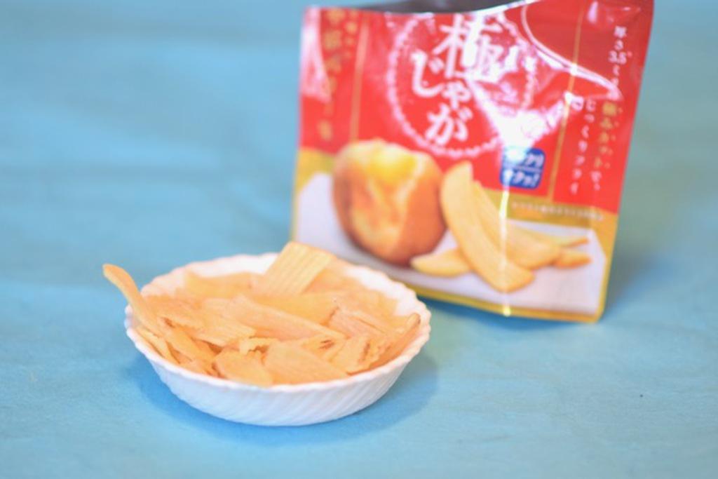 Calbee Butter Kiwa Jaga